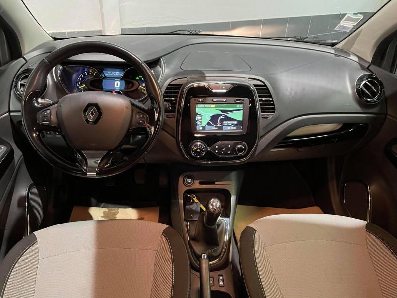 Photo 4 de l'offre de RENAULT CAPTUR 0.9 TCE 90CH STOP&START ENERGY INTENS ECO² à 9990€ chez Signature auto