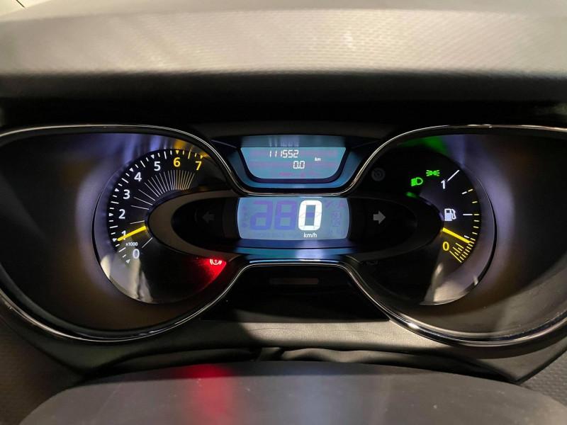 Photo 8 de l'offre de RENAULT CAPTUR 0.9 TCE 90CH STOP&START ENERGY INTENS ECO² à 9990€ chez Signature auto