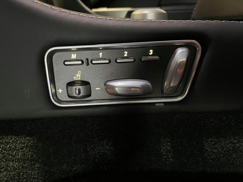 Photo 16 de l'offre de ASTON MARTIN RAPIDE V12 5.9 à 69990€ chez Signature auto
