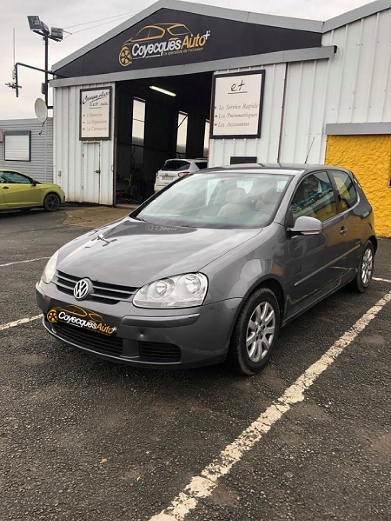 Volkswagen GOLF V 1.9 TDI 105CH UNITED Diesel GRIS F Occasion à vendre