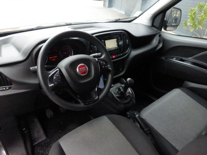 Photo 2 de l'offre de FIAT DOBLO CARGO 1.3 MULTIJET 95CH PACK E6 à 10490€ chez Parc auto albigeois
