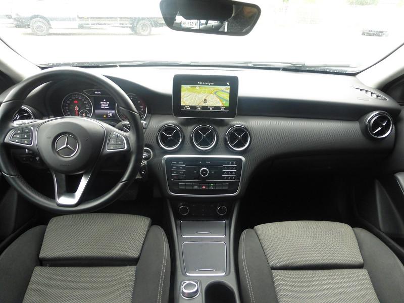 Photo 5 de l'offre de MERCEDES-BENZ CLASSE A (W176) 180 D BUSINESS 7G-DCT à 18490€ chez Parc auto albigeois