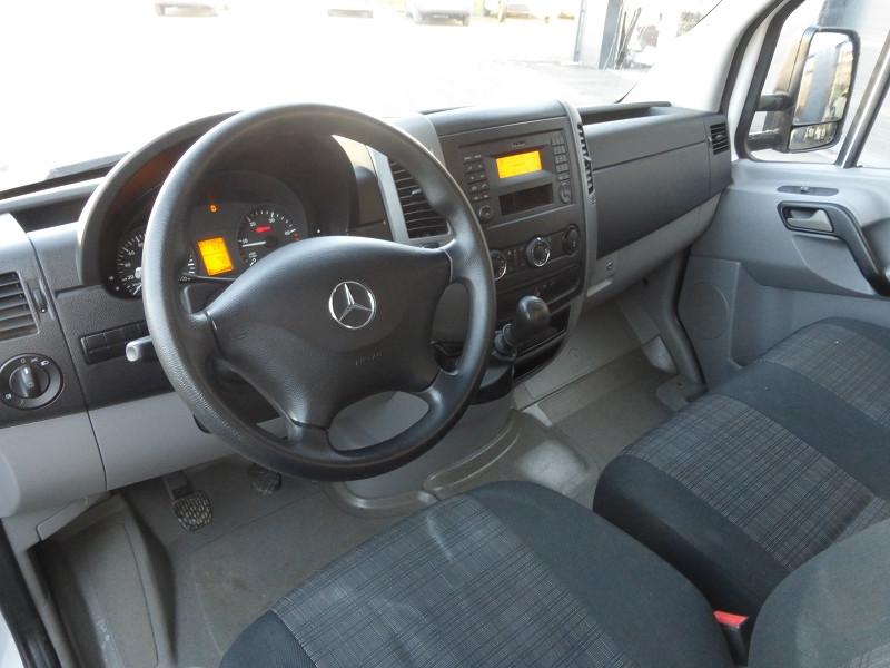 Photo 2 de l'offre de MERCEDES-BENZ SPRINTER FG 513 CDI 43S 3T5 à 27990€ chez Parc auto albigeois