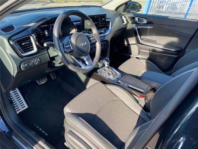 Photo 3 de l'offre de KIA XCEED 1.6 GDI 105 CH ISG/ ELECTRIQUE 60.5CH DCT6 à 30900€ chez Jacquet Automobiles