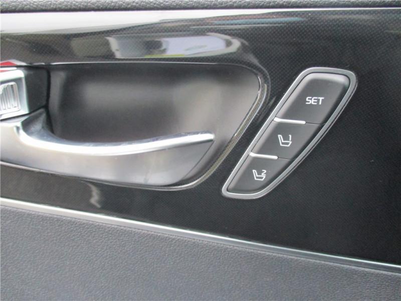 Photo 17 de l'offre de KIA SORENTO 2.2 CRDI 200 CH ISG 4X4 7PL à 30900€ chez Jacquet Automobiles