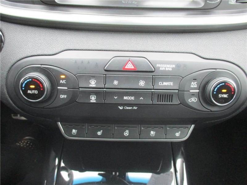 Photo 16 de l'offre de KIA SORENTO 2.2 CRDI 200 CH ISG 4X4 7PL à 30900€ chez Jacquet Automobiles