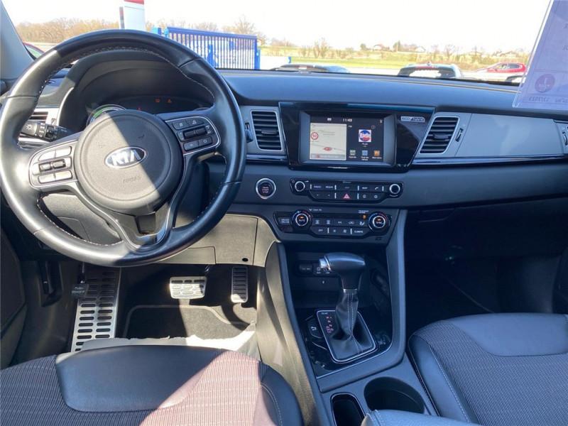 Photo 5 de l'offre de KIA NIRO HYBRID 1.6 GDI 105 CH + ELECTRIQUE 43.5 CH DCT6 à 15900€ chez Jacquet Automobiles