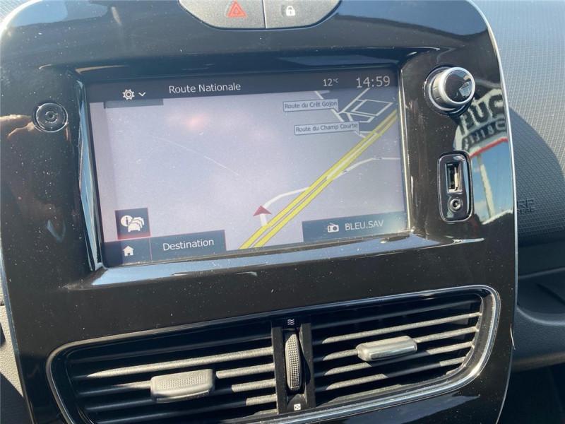 Photo 9 de l'offre de RENAULT CLIO IV TCE 90 à 11900€ chez Jacquet Automobiles