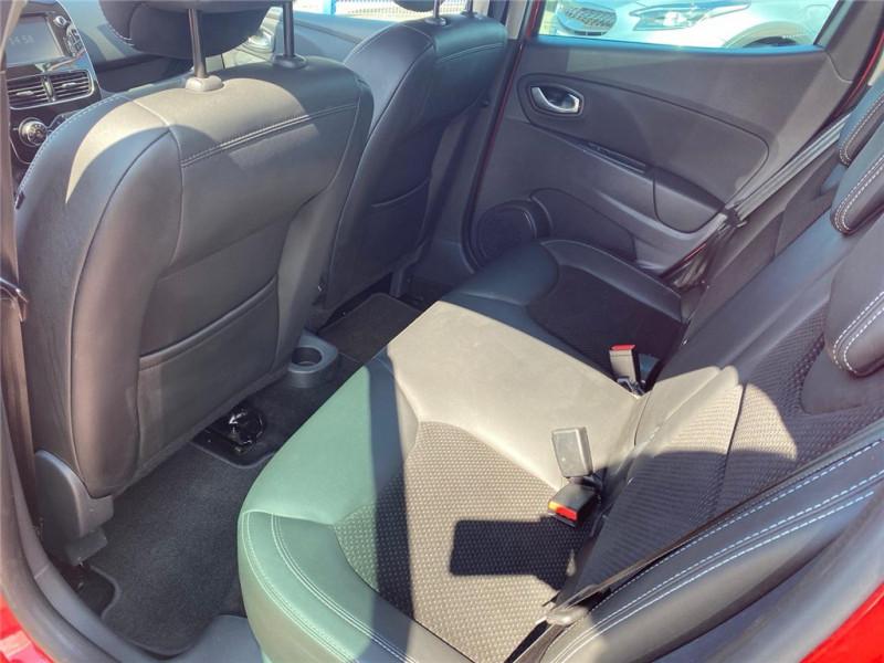 Photo 6 de l'offre de RENAULT CLIO IV TCE 90 à 11900€ chez Jacquet Automobiles