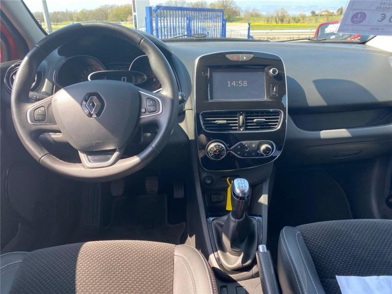 Photo 7 de l'offre de RENAULT CLIO IV TCE 90 à 11900€ chez Jacquet Automobiles