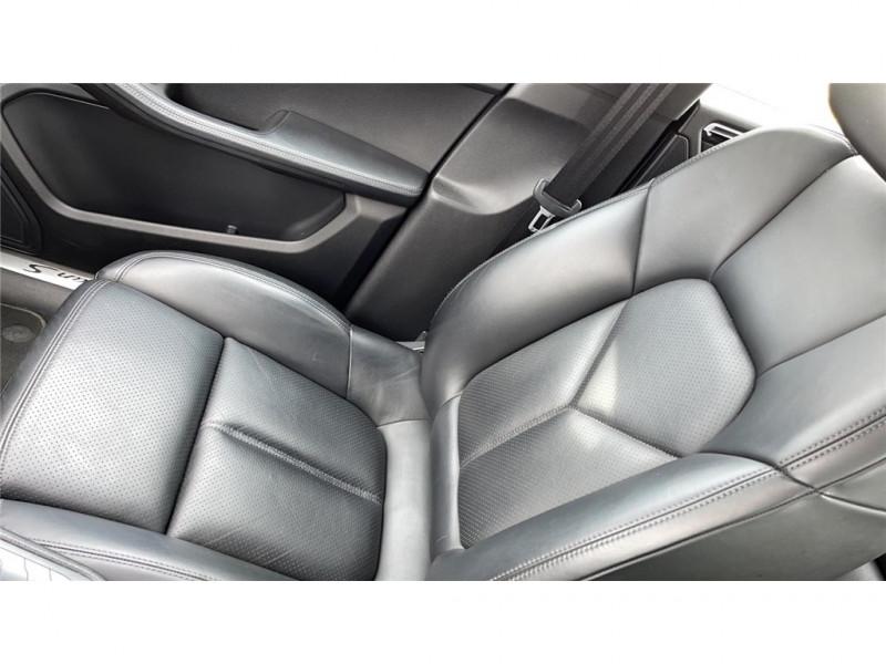 Photo 8 de l'offre de PORSCHE MACAN DIESEL 3.0 V6 258 CH à 39900€ chez Jacquet Automobiles