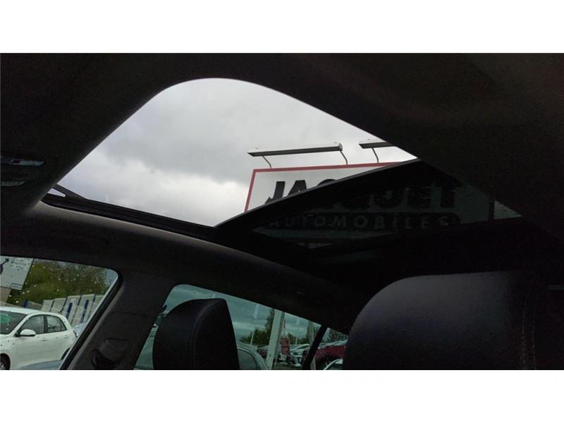 Photo 9 de l'offre de KIA SPORTAGE 1.6 CRDI 136 ISG 4X2 DCT7 à 27900€ chez Jacquet Automobiles