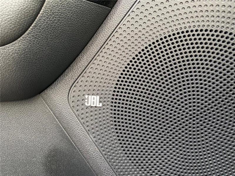Photo 17 de l'offre de KIA E-NIRO ELECTRIQUE 204 CH à 34000€ chez Jacquet Automobiles