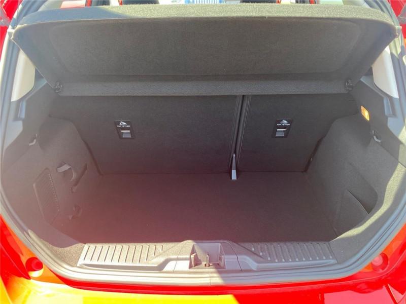 Photo 9 de l'offre de FORD FIESTA 1.5 TDCI 85 CH S&S BVM6 à 11900€ chez Jacquet Automobiles