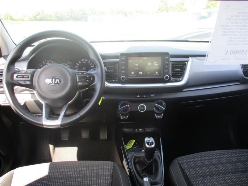 Photo 8 de l'offre de KIA STONIC 1.0 T-GDI 100 CH ISG BVM5 à 17500€ chez Jacquet Automobiles