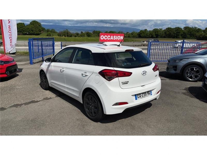 Photo 4 de l'offre de HYUNDAI i20 1.2 75 à 8900€ chez Jacquet Automobiles
