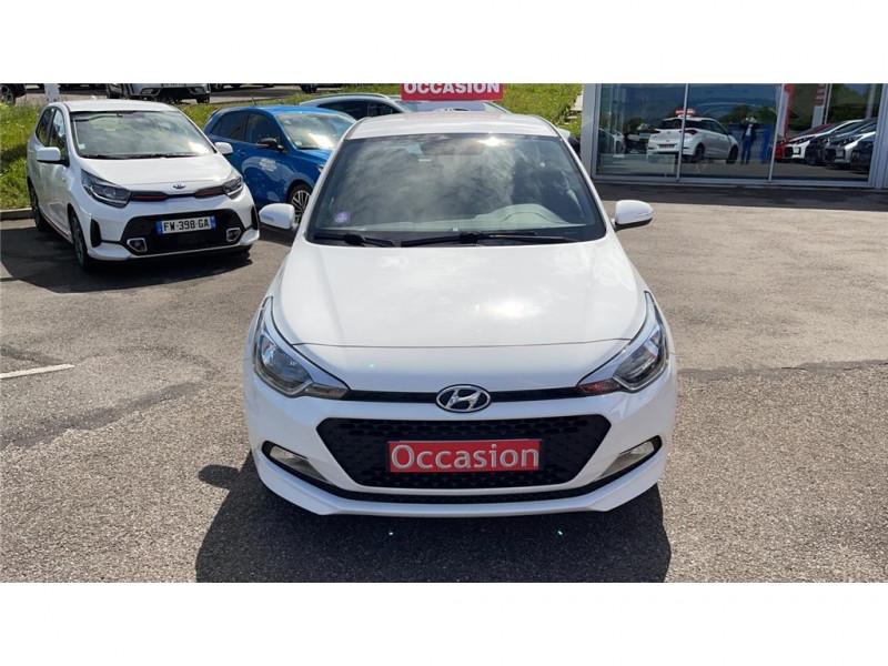Photo 2 de l'offre de HYUNDAI i20 1.2 75 à 8900€ chez Jacquet Automobiles