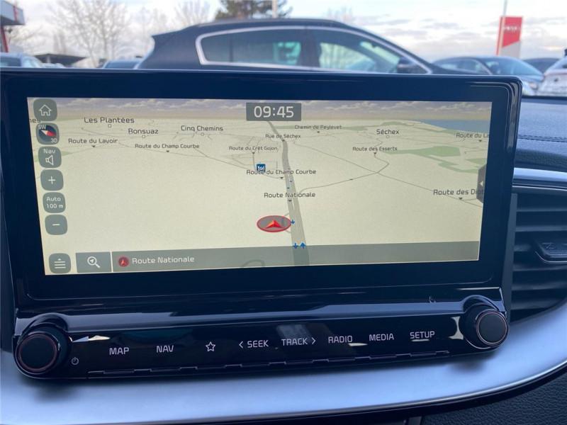 Photo 9 de l'offre de KIA CEED SW HYBRIDE RECHARGEABLE CEED SW 1.6 GDi 105 ch ISG/ Electrique 60.5ch DCT6 à 31900€ chez Jacquet Automobiles