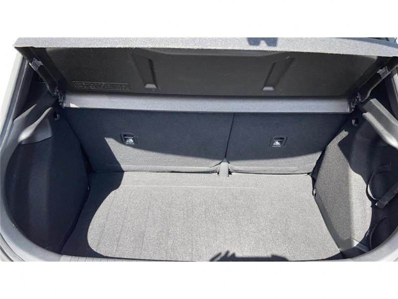 Photo 5 de l'offre de HYUNDAI i20 1.2 75 à 8900€ chez Jacquet Automobiles