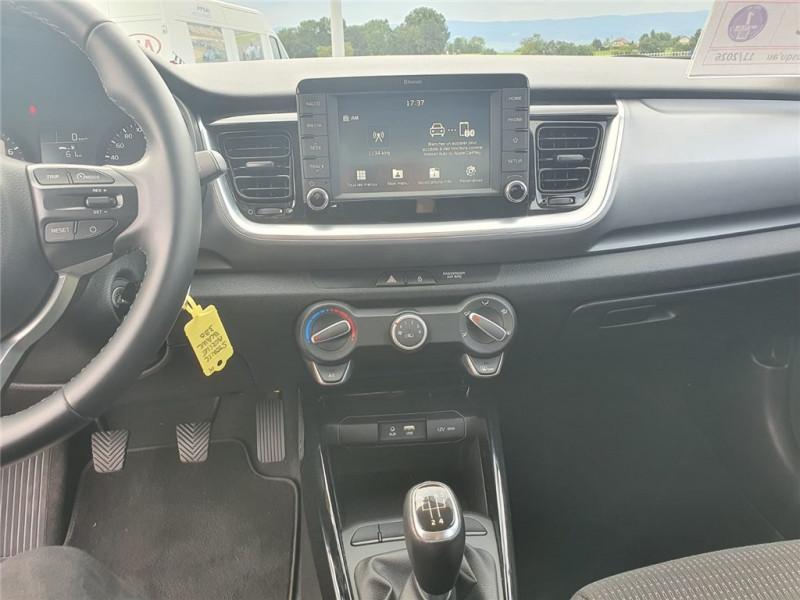 Photo 14 de l'offre de KIA STONIC 1.0 T-GDI 100 CH ISG BVM5 à 16900€ chez Jacquet Automobiles