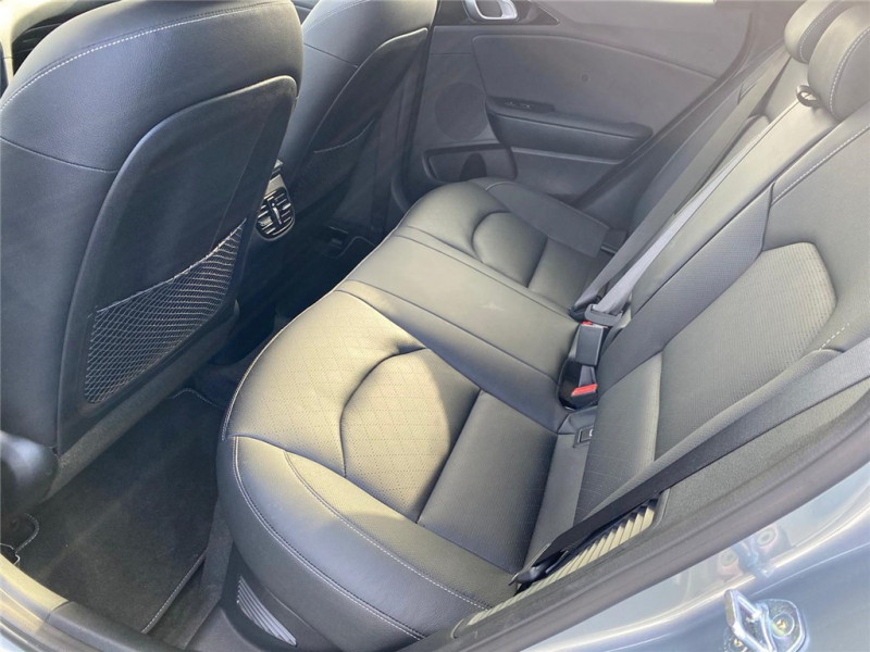 Photo 7 de l'offre de KIA XCEED HYBRIDE RECHARGEABLE 1.6 GDI 105 CH ISG/ ELECTRIQUE 60.5CH DCT6 à 33400€ chez Jacquet Automobiles