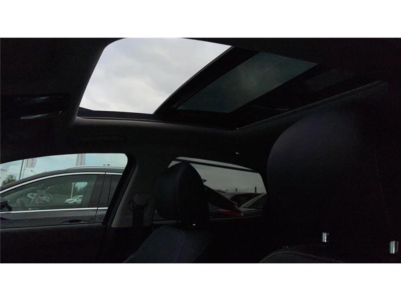 Photo 9 de l'offre de KIA XCEED HYBRIDE RECHARGEABLE 1.6 GDI 105 CH ISG/ ELECTRIQUE 60.5CH DCT6 à 27900€ chez Jacquet Automobiles
