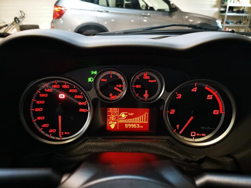 Photo 15 de l'offre de ALFA ROMEO MITO 1.3 JTDM 95CH LUSSO STOP&START à 9990€ chez Occasions Champenoises
