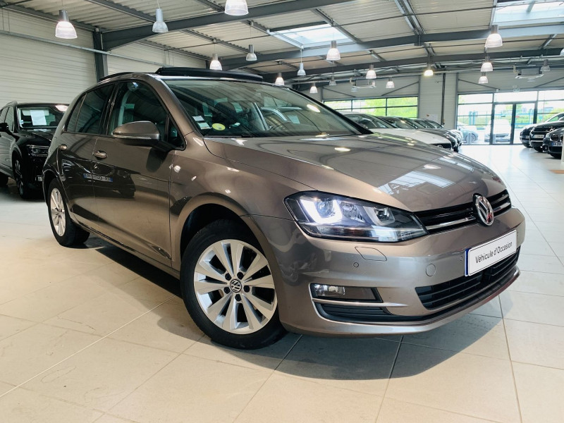 Volkswagen GOLF VII 2.0 TDI 150CH BLUEMOTION TECHNOLOGY FAP CONFORTLINE BUSINESS DSG6 5P Diesel GRIS F Occasion à vendre