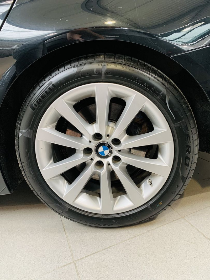 Photo 22 de l'offre de BMW SERIE 5 TOURING (F11) 530DA 258CH LOUNGE PLUS à 25990€ chez Occasions Champenoises