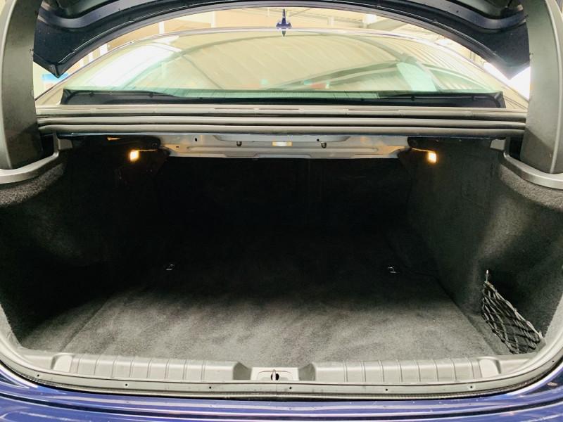Photo 13 de l'offre de MASERATI GHIBLI 3.0 V6 275CH START/STOP DIESEL à 34490€ chez Occasions Champenoises