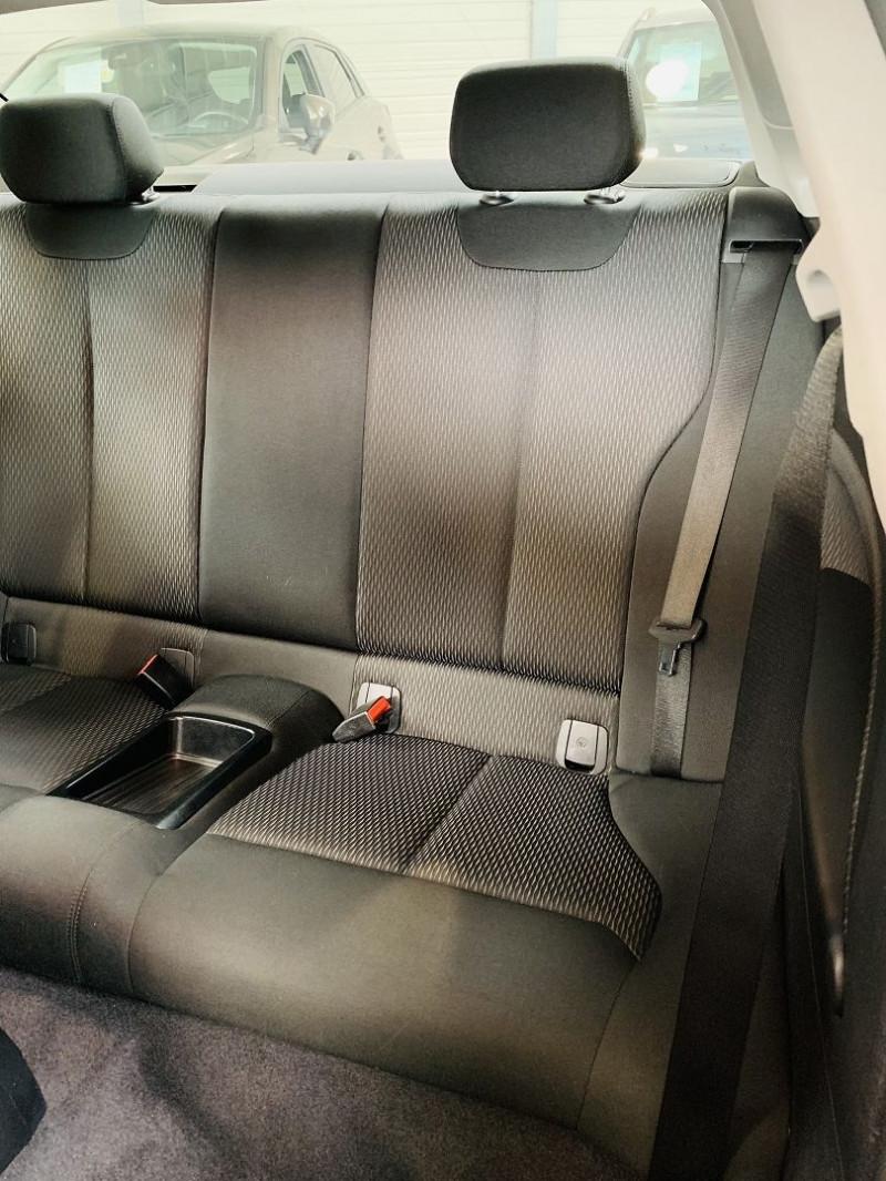 Photo 8 de l'offre de BMW SERIE 2 COUPE (F22) 218I 136CH LOUNGE à 18990€ chez Occasions Champenoises