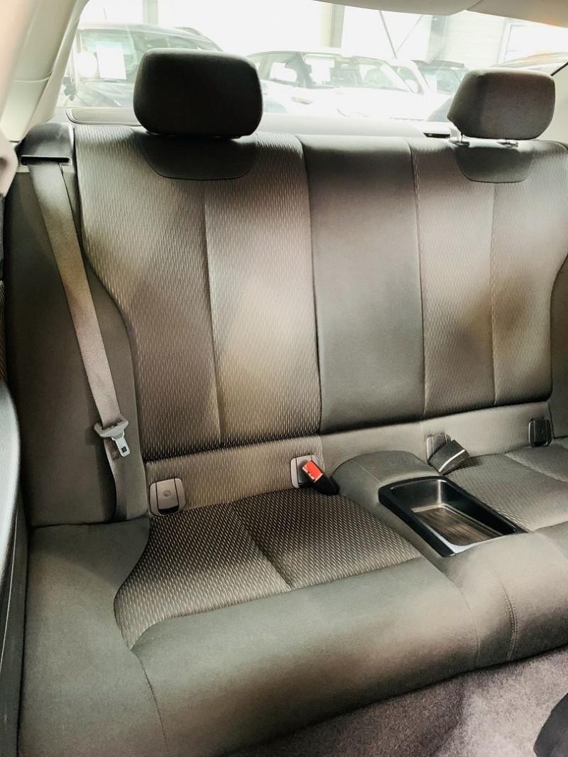 Photo 10 de l'offre de BMW SERIE 2 COUPE (F22) 218I 136CH LOUNGE à 18990€ chez Occasions Champenoises