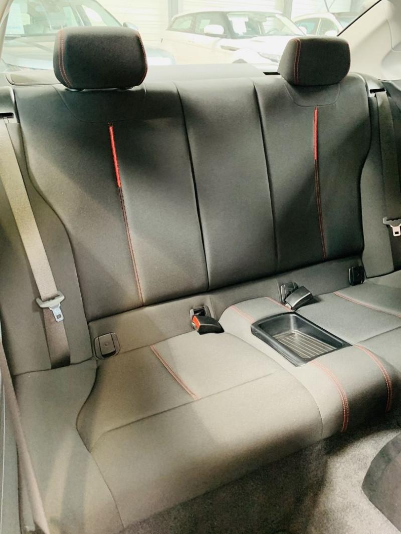 Photo 11 de l'offre de BMW SERIE 2 COUPE (F22) 218DA 150CH SPORT à 18490€ chez Occasions Champenoises