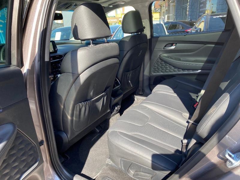 Photo 6 de l'offre de HYUNDAI Santa Fe 2.0 CRDI 185ch Executive HTRAC BVA à 39990€ chez APS