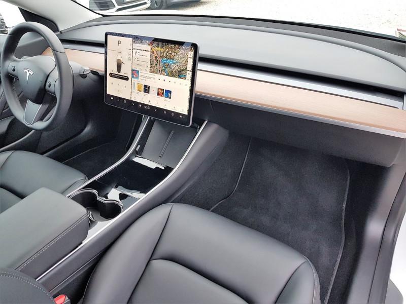 Photo 8 de l'offre de TESLA MODEL 3 PERFORMANCE PUP AWD UPGRADE à 54900€ chez Villeneuve Auto