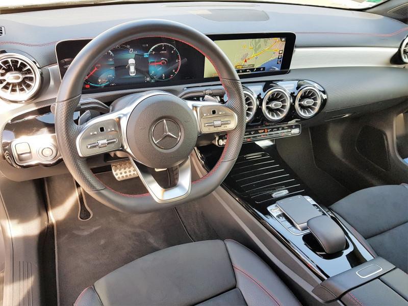 Photo 2 de l'offre de MERCEDES-BENZ CLA (C117) 180 D 116CH AMG LINE 7G-DCT à 34900€ chez Villeneuve Auto