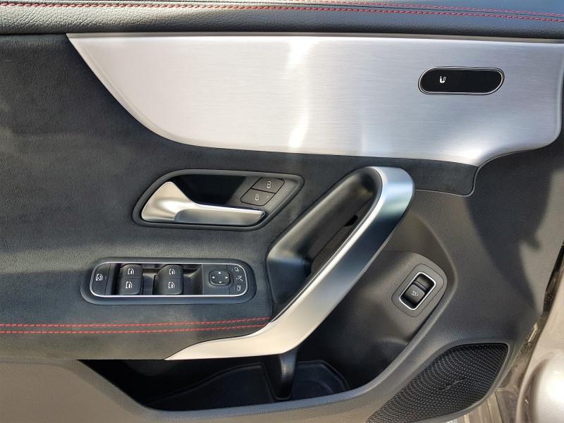 Photo 6 de l'offre de MERCEDES-BENZ CLA (C117) 180 D 116CH AMG LINE 7G-DCT à 34900€ chez Villeneuve Auto