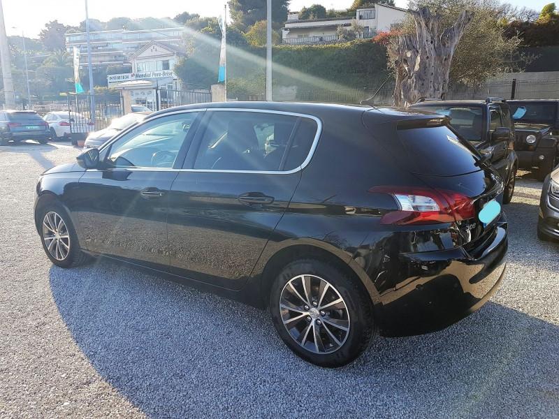 Photo 7 de l'offre de PEUGEOT 308 1.6 BLUEHDI 120CH ALLURE S&S 5P à 13900€ chez Villeneuve Auto