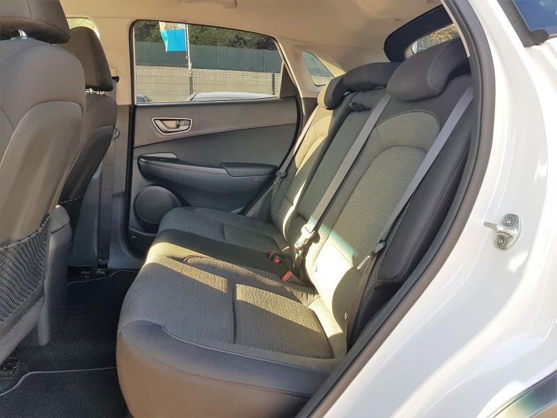 Photo 9 de l'offre de HYUNDAI KONA ELECTRIC 136CH CREATIVE EURO6D-T EVAP à 23900€ chez Villeneuve Auto