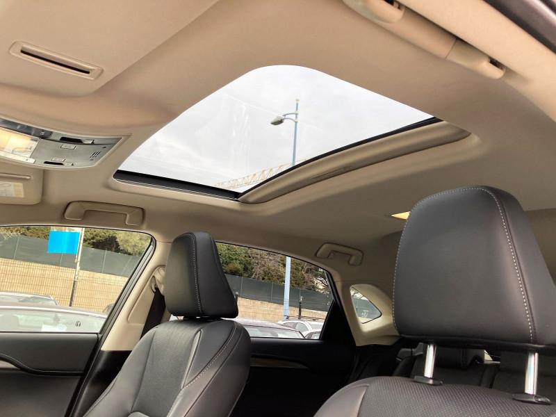 Photo 9 de l'offre de LEXUS NX 300H 4WD LUXE à 29900€ chez Villeneuve Auto