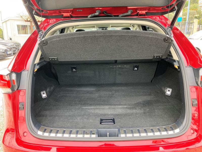 Photo 13 de l'offre de LEXUS NX 300H 4WD LUXE à 29900€ chez Villeneuve Auto
