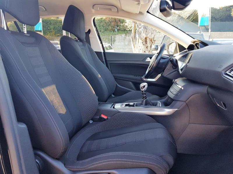 Photo 10 de l'offre de PEUGEOT 308 1.6 BLUEHDI 120CH ALLURE S&S 5P à 13900€ chez Villeneuve Auto