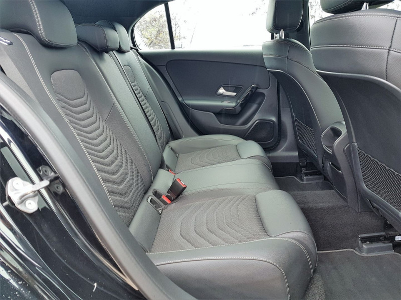 Photo 7 de l'offre de MERCEDES-BENZ CLASSE A BERLINE 180 D 116CH BUSINESS LINE 7G-DCT à 26900€ chez Villeneuve Auto
