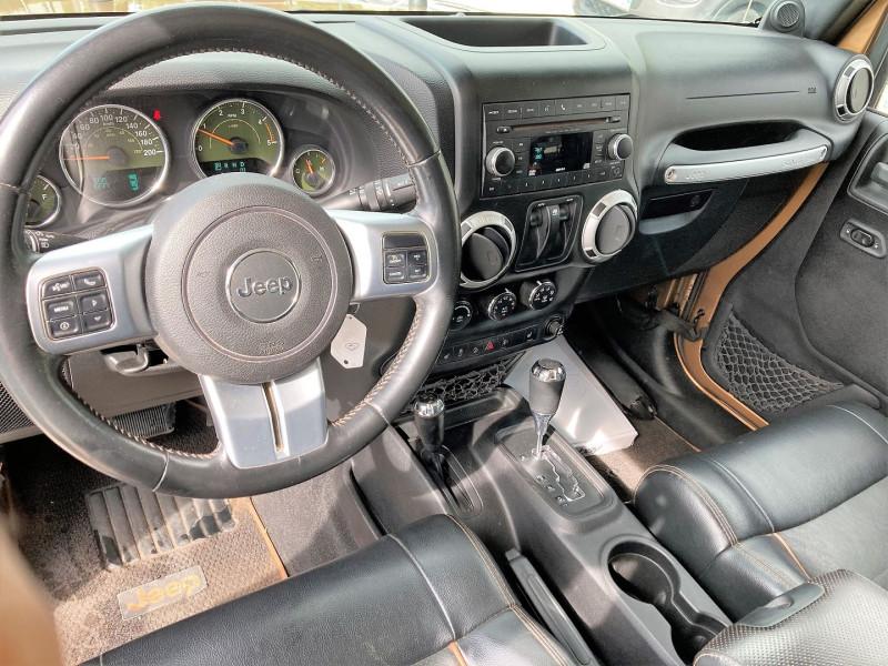 Photo 3 de l'offre de JEEP WRANGLER 2.8 CRD200 FAP 70EME ANNIV BA à 28900€ chez Villeneuve Auto