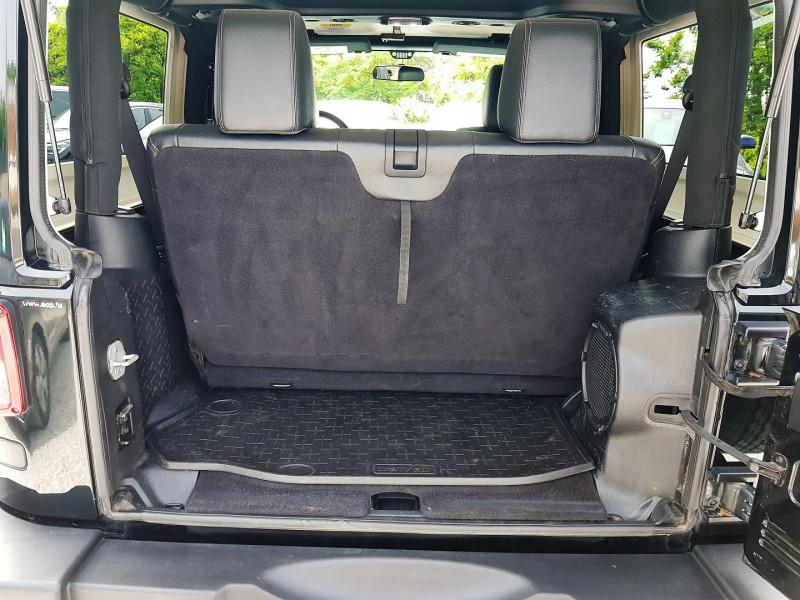 Photo 10 de l'offre de JEEP WRANGLER 2.8 CRD 200 FAP SAHARA BVA à 33590€ chez Villeneuve Auto