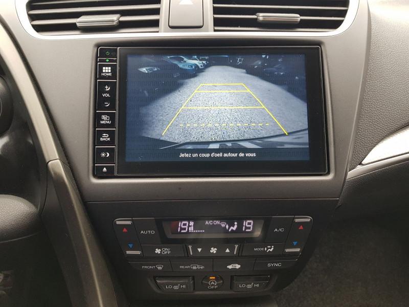 Photo 7 de l'offre de HONDA CIVIC 1.6 I-DTEC 120CH SPORT NAVI à 13470€ chez Villeneuve Auto