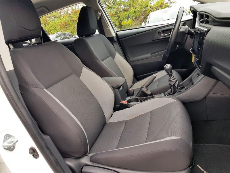 Photo 6 de l'offre de TOYOTA AURIS 100 VVT-I TENDANCE à 10690€ chez Villeneuve Auto