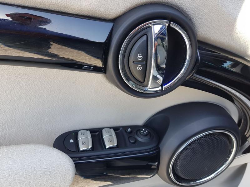 Photo 4 de l'offre de MINI MINI 5 PORTES COOPER S 192CH EXQUISITE II BVA à 22450€ chez Villeneuve Auto