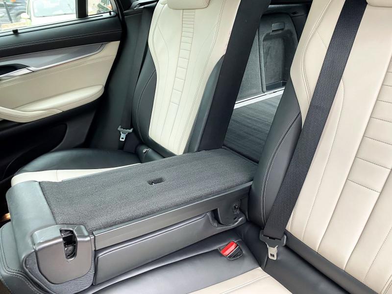 Photo 11 de l'offre de BMW X6 (F16) XDRIVE 30DA 258CH EXCLUSIVE à 37500€ chez Villeneuve Auto