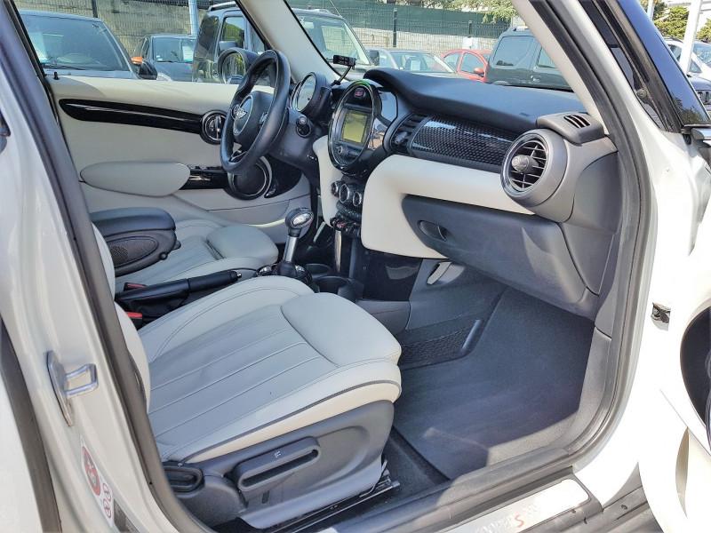 Photo 9 de l'offre de MINI MINI 5 PORTES COOPER S 192CH EXQUISITE II BVA à 22450€ chez Villeneuve Auto
